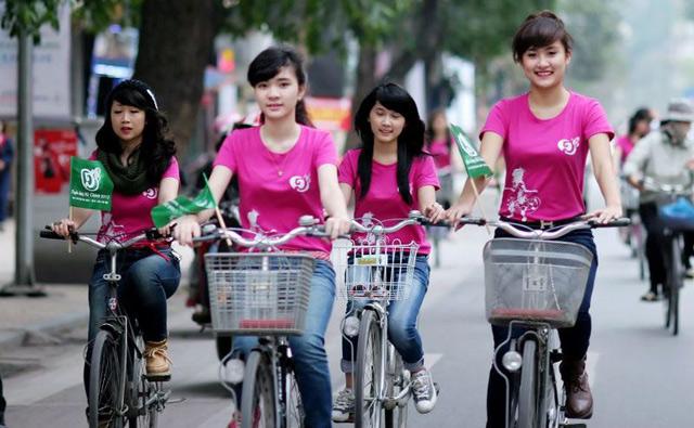 áo thun đồng phục nhóm màu hồng