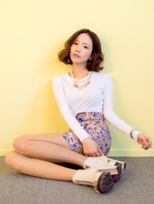 áo thun trắng tay dài